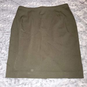 H&M Olive pencil skirt
